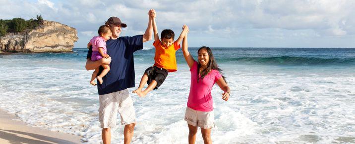 Happy-Family-at-Shipwrecks